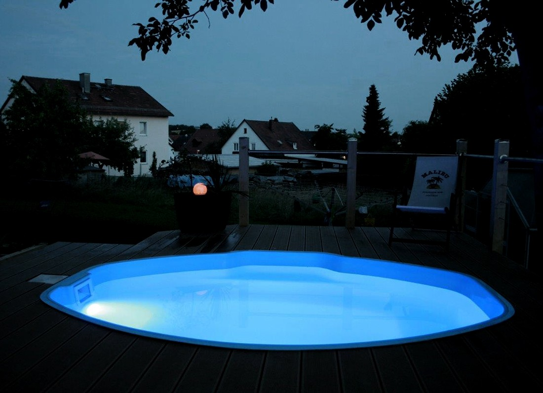 Mini pool/spa fiberpool